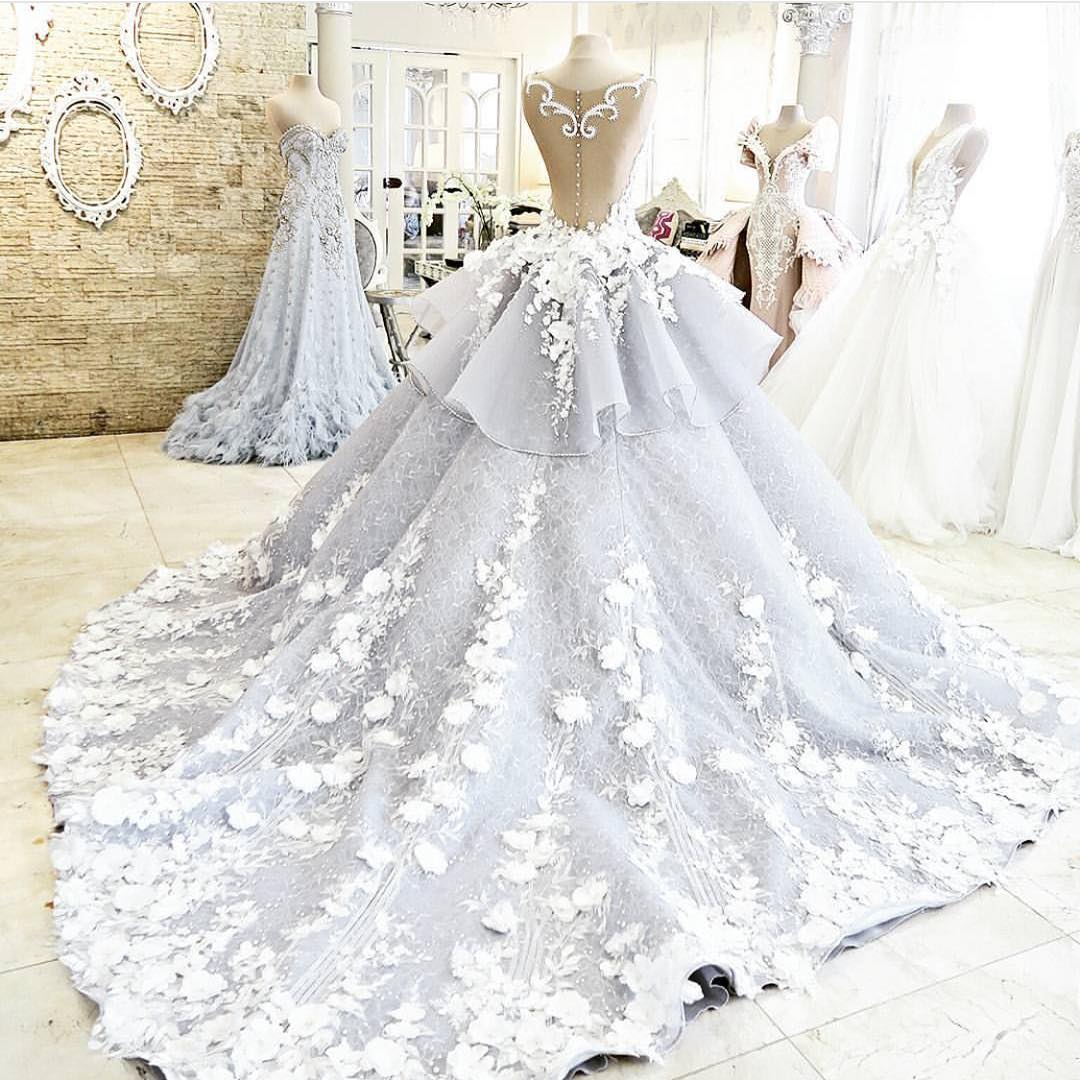 Gorgeous wedding dress floral bridal dress backless for Backless wedding dress bra