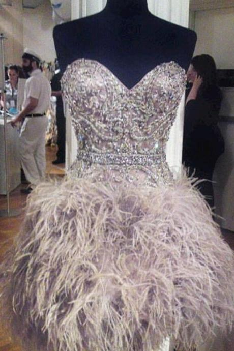 Short Feather Cocktail Dresses Custom Made Sweetheart Sleeveless Beaded Crystal Rhinestone Mini Party Gowns Hot Sales Homecoming Dress