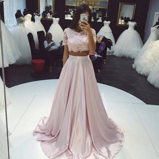 Beautiful Two Pieces Short Sleeve Prom Dresses 2017 Lace A-Line Party Gown